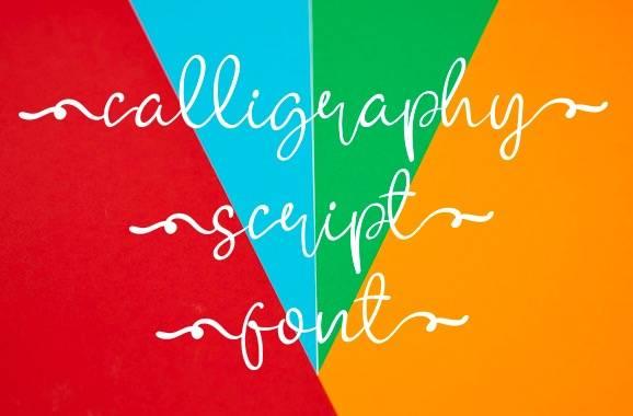 Gorila Woy Calligraphy Font free
