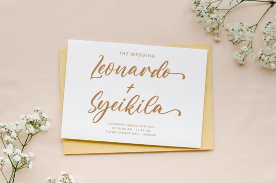 Aulietta font download