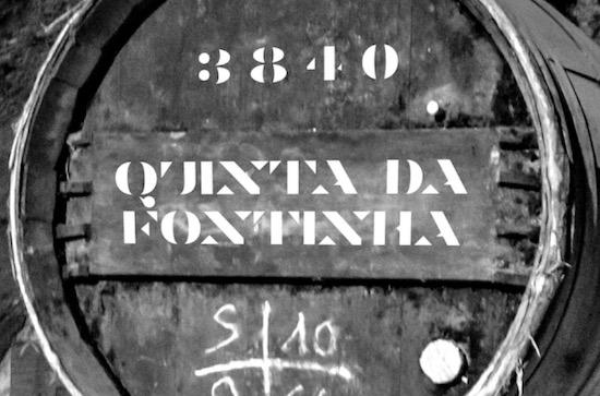 Vinho De Amora font download
