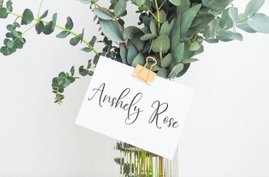 Sunday Bouquet Font free